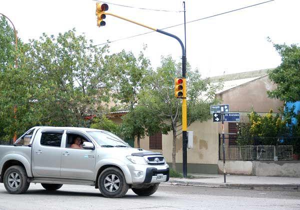 Asaltos en los semáforos, nuevo modo delictivo