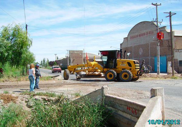 Reparación y mantenimiento de calles enripiadas en Allen