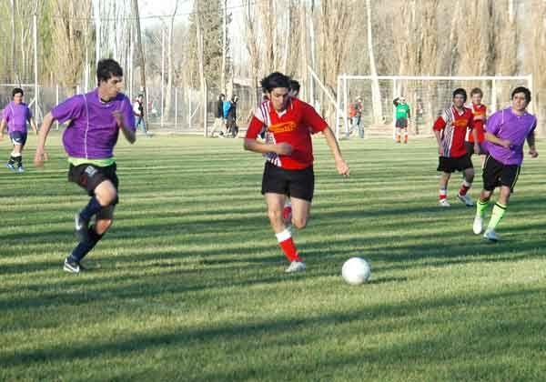 Torneo Los Gallegos, sin definición