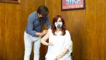 cristina kirchner recibio la vacuna sputnik v