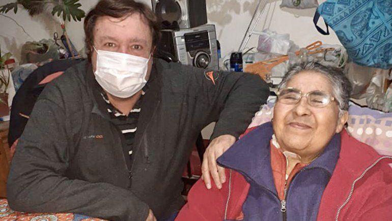 Weretilneck visitó a Carmen Figueroa, emblema en la lucha por la justicia