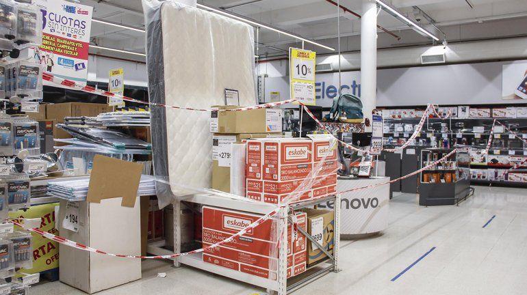Supermercados rionegrinos solo podrán vender productos esenciales