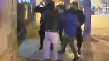 los comerciantes detenidos: fue ilegal lo que hizo la policia