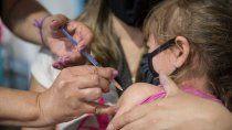 hoy vacunan a ninos y adolescentes contra el covid